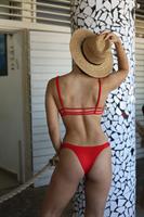 בגד ים ביקיני ברזילאי אדום - טופ קנדל