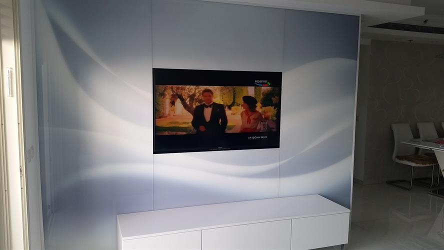 מסך זכוכית לטלויזיה 7