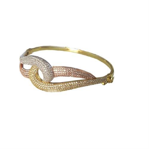 צמיד זהב בנגל לאשה טריקולור (3 צבעים) מעוצב משובץ זרקונים בזהב 14 קרט