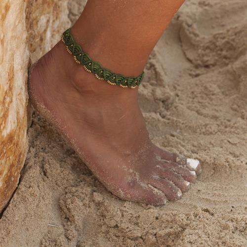 צמיד לרגל מקרמה simple עבודת יד ירוק