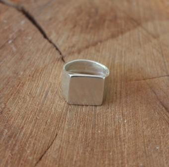 טבעת ארבע פינות