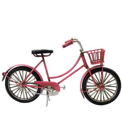אופניים רטרו אדומות