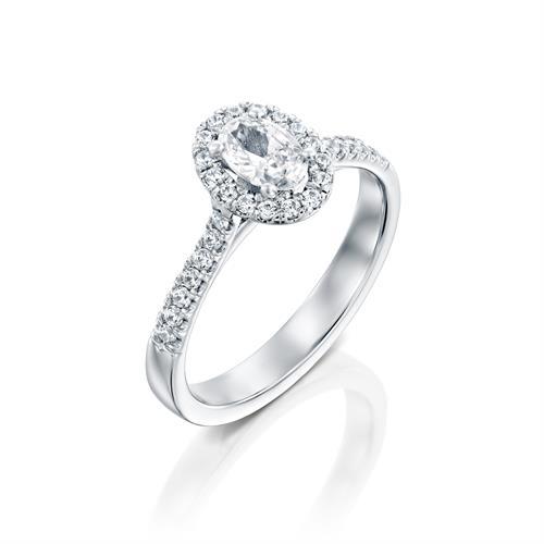 טבעת אירוסין זהב לבן 14 קראט משובצת יהלומים OVAL HALOW