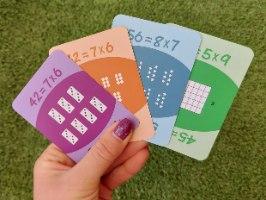 מולטיX - משחק קלפים ללימוד לוח הכפל