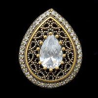 טבעת מכסף משובצת זרקון לבן בצורת טיפה וזרקונים קטנים  RG1370 | תכשיטי כסף 925 | טבעות כסף