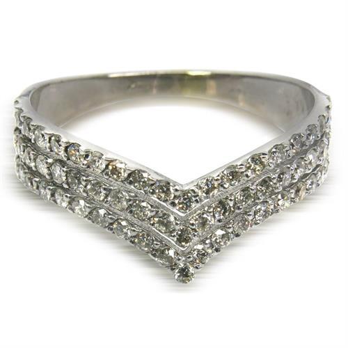 טבעת זהב 14 קרט מעוצבת שלוש שורות משובצת יהלומים 0.60 קראט