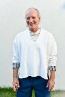 חולצה עליונה מדגם פאני מבד פרנץ׳ טרי בצבע לבן
