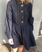 שמלת סטאר