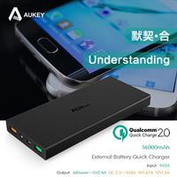 סוללת גיבוי נטענת  AUKEY Quick Charge 2.0 16000mAh Power Bank
