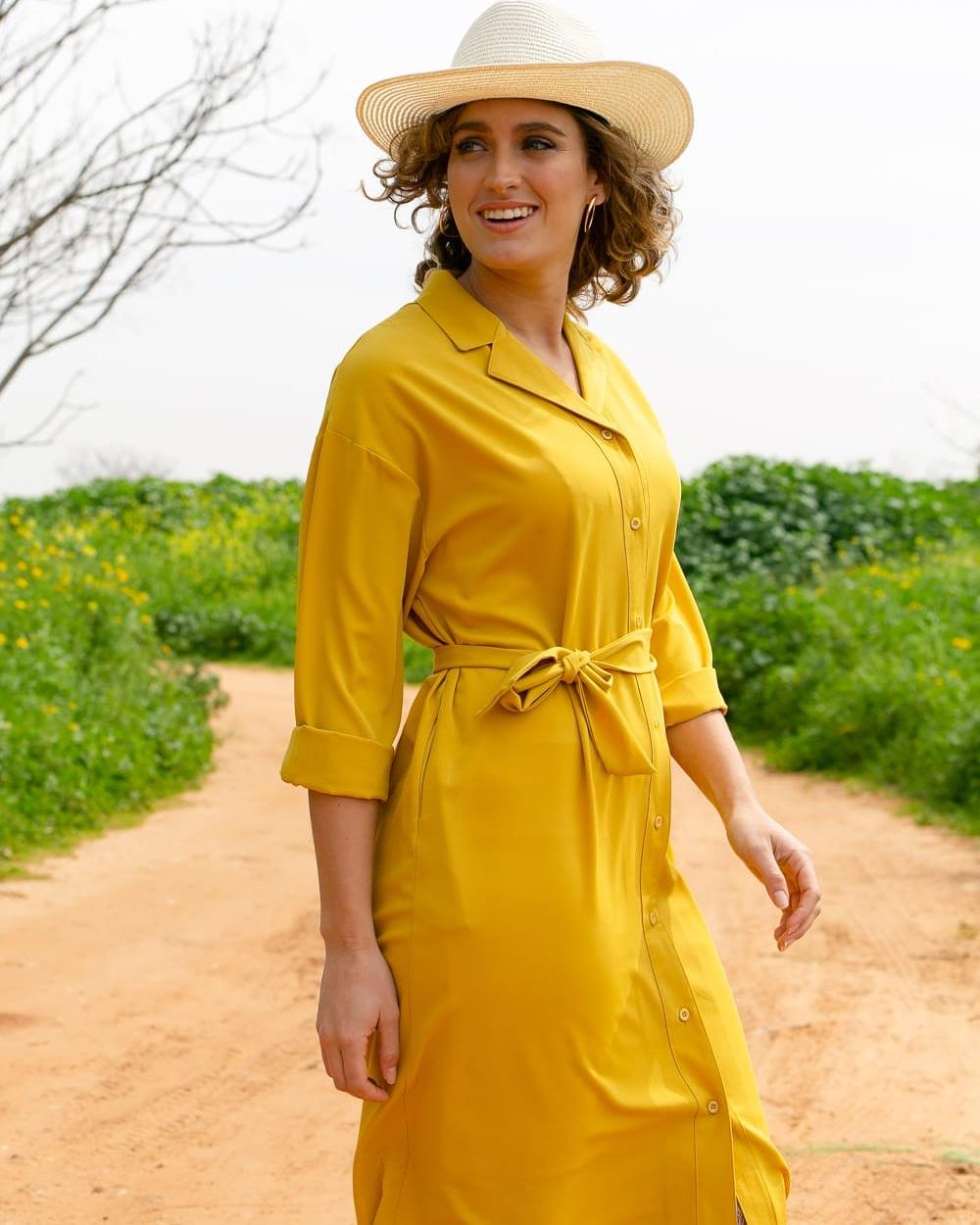 שמלת חרדל צהובה