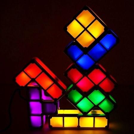 מנורת לילה בעיצוב רטרו טטריס