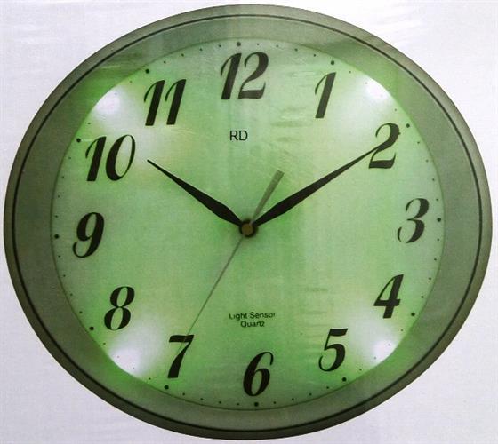 שעון קיר מעוצב עם תאורת לילה