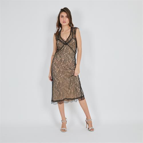 שמלת איה