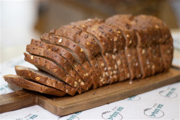 לחם קל דגנים 100% קמח מלא ללא סוכר