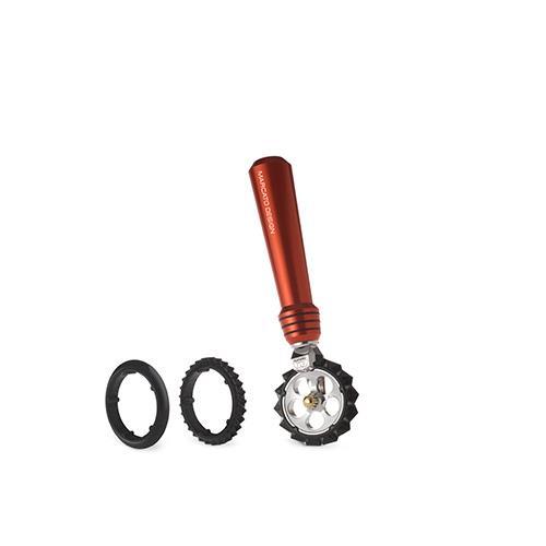 גלגל פסטה, לחיתוך בצק בצבע אדום,  Pastawheel