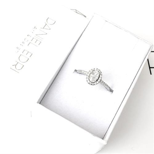 טבעת נוגה משובצת