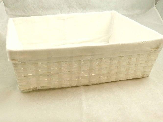 סלסלה לבנה עם בד בגודל L