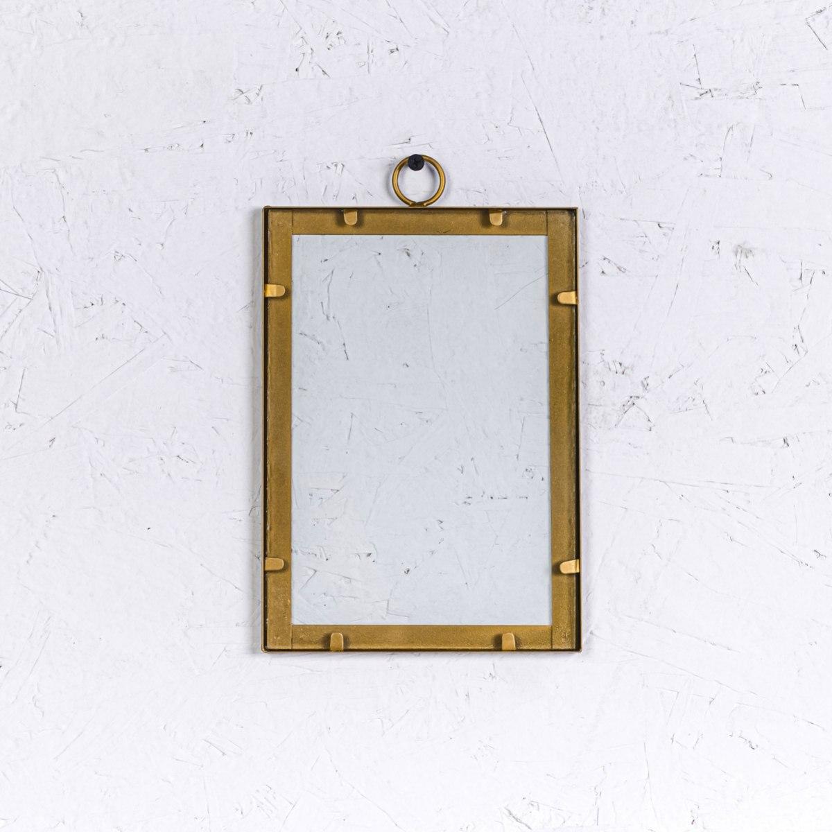 מסגרת ברזל זהב - גודל בינוני