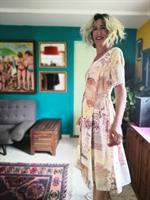 שמלת ניינטיז ויסקוזה פסטלית עם קשירות בצדדים מידה XL