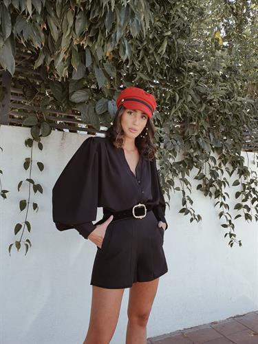 חולצת מיכאלה - שחורה