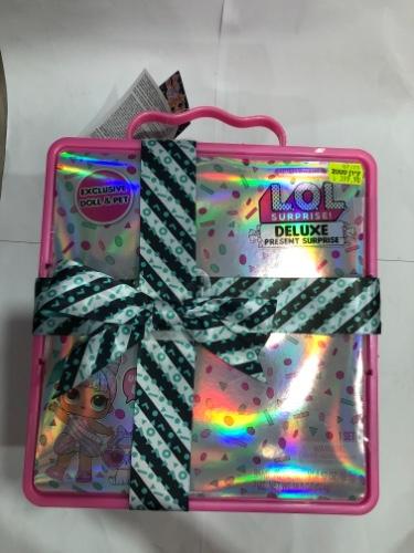 בובת לול דלוקס קופסה ורודה Deluxe present surprise