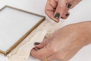 מסגרת ברזל זהב מלבנית עם פרנזים (שרשרת)