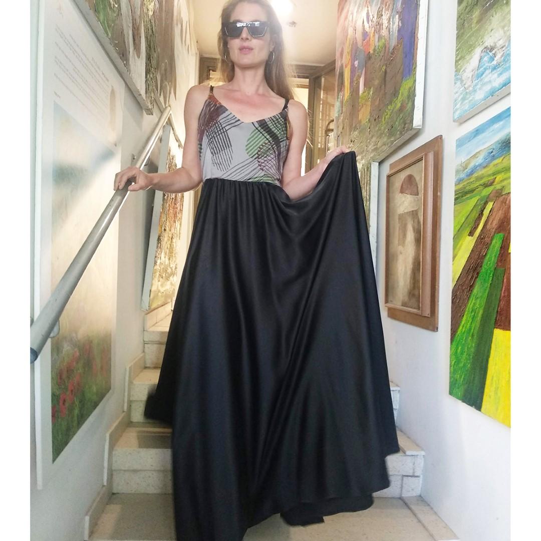 שמלת ריי מקסי גיאומטרי ושחור