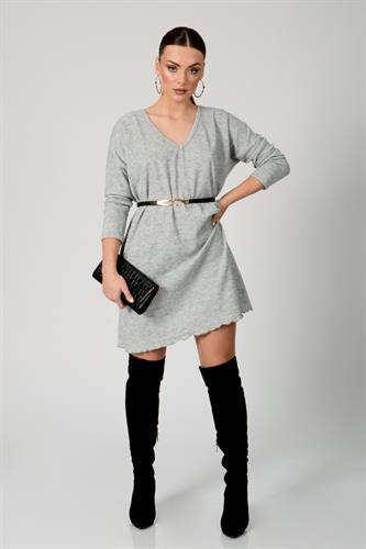 שמלת אוברסייז וי
