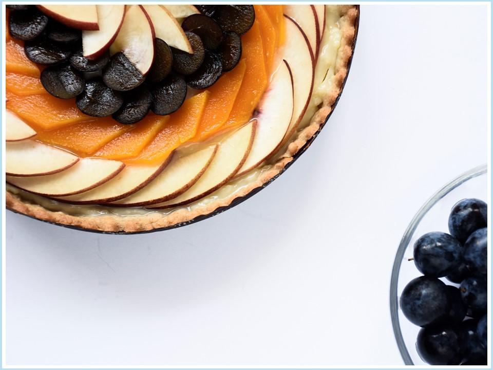 פאי קרם פטיסייר ופירות העונה (קוטר) - חלבי