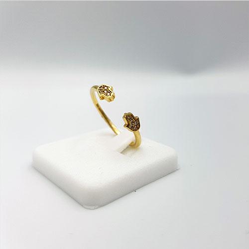 טבעת זהב חמסה משובצת זרקונים