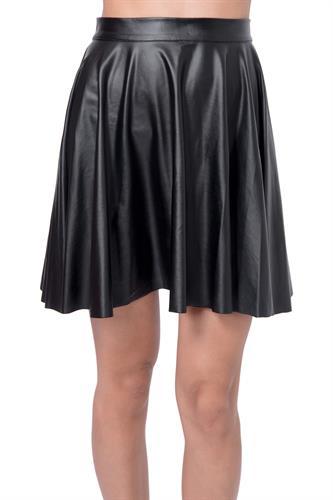 חצאית ורה שחורה