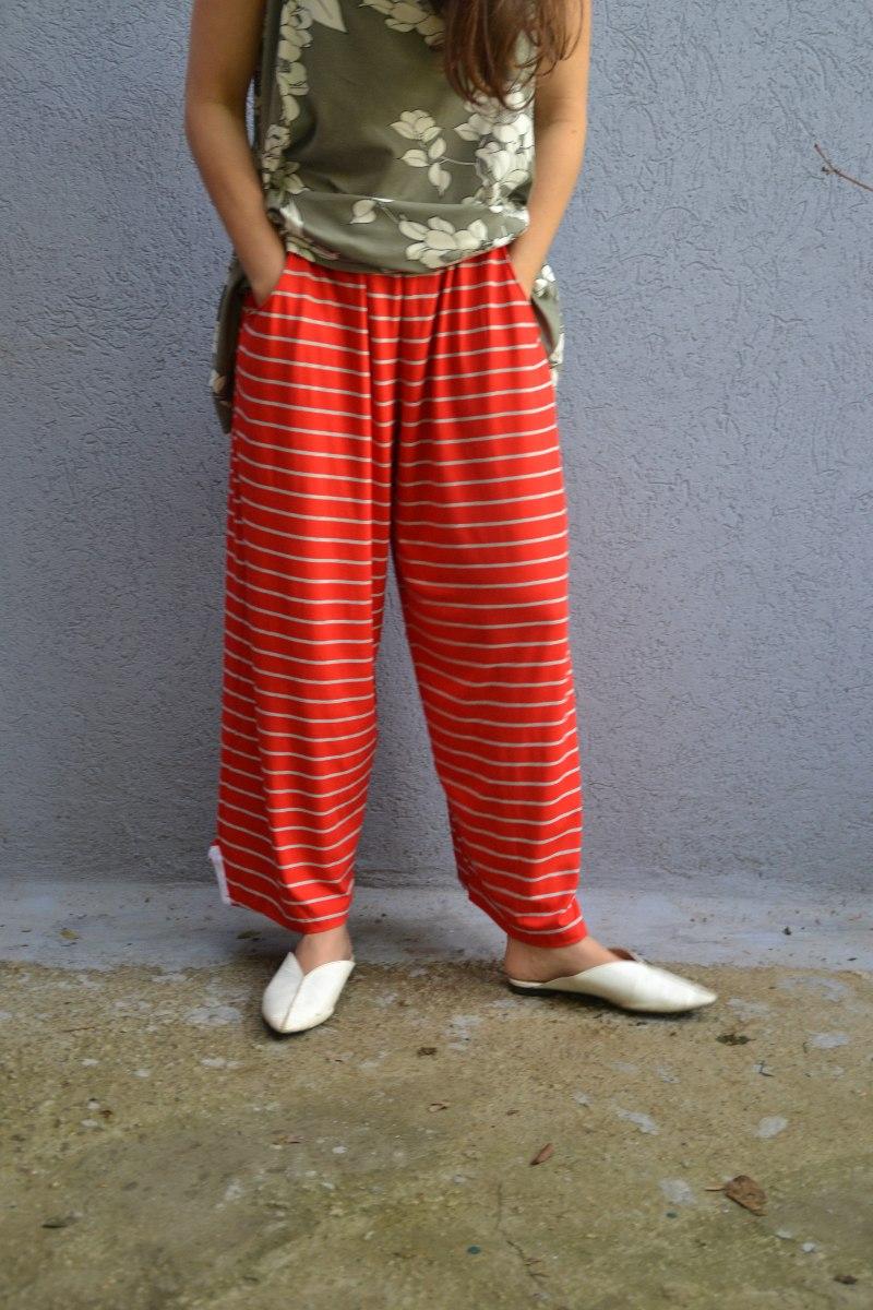 מכנסי סריג באורך 7/8 מדגם נועה