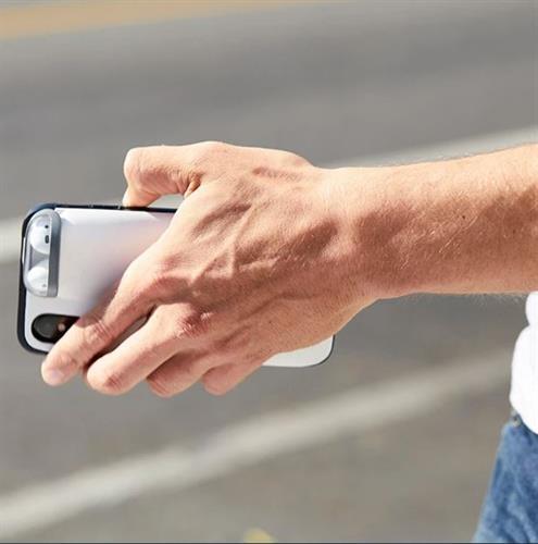 כיסוי לאייפון עם מקום מובנה ל AirPods