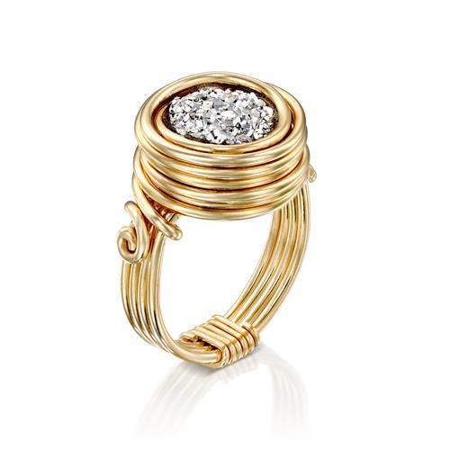 טבעת בזלת אפורה