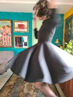 שמלה שחורה קלאסית M/L