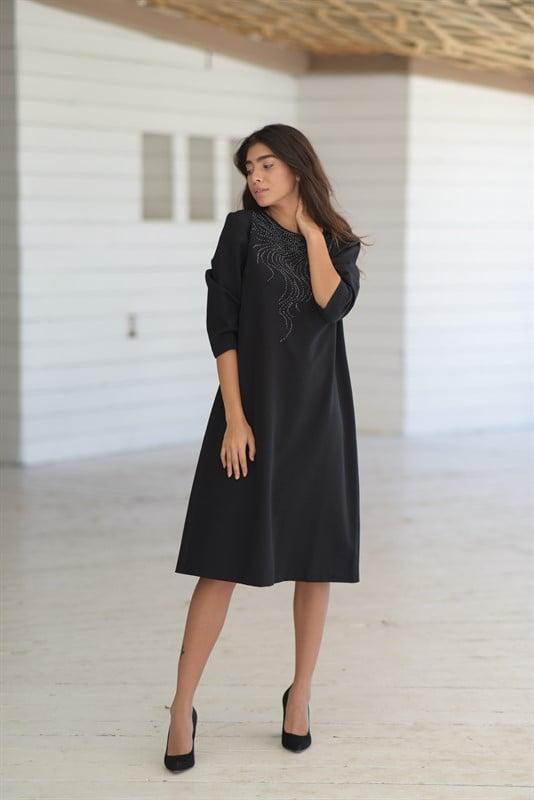 שמלה קלאסית ייחודית
