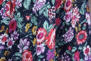 חצאית פרחונית מותן גומי מידה M/L