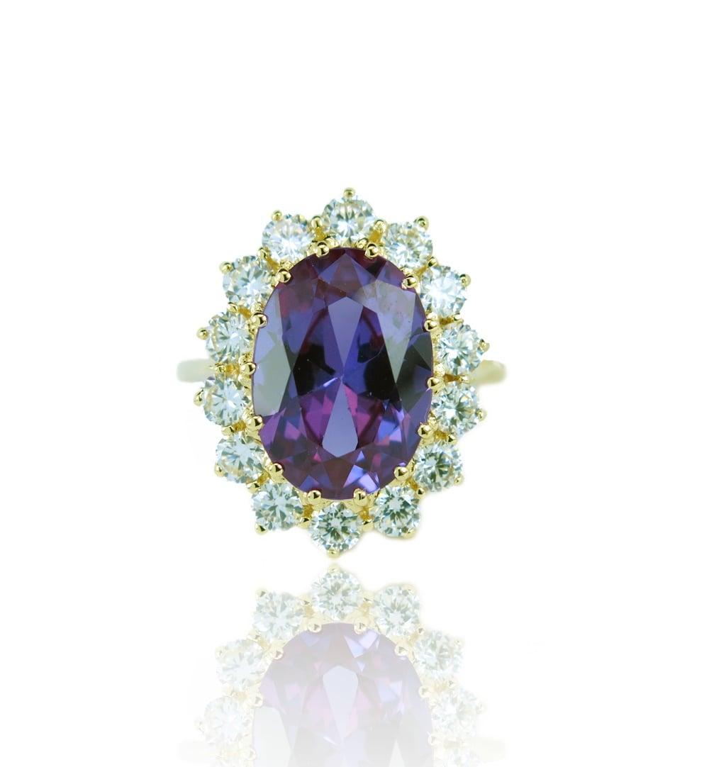 טבעת זהב 14K משובצת אבן חן אמטיסט סגולה וזרקונים