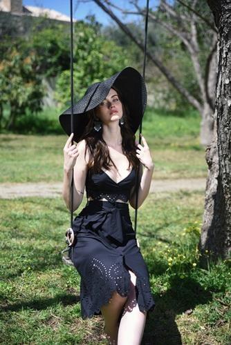 חליפת קאטי קרושה שחור
