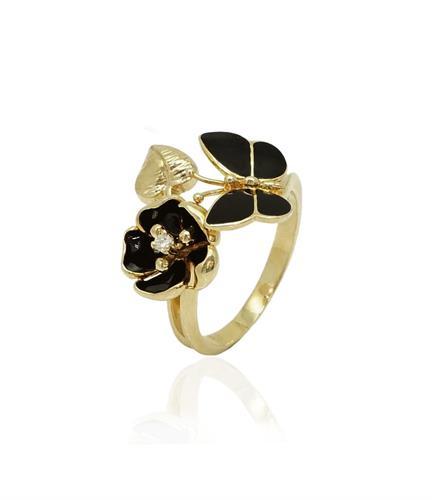 טבעת זהב וזרקון לאישה מלאת נוכחות
