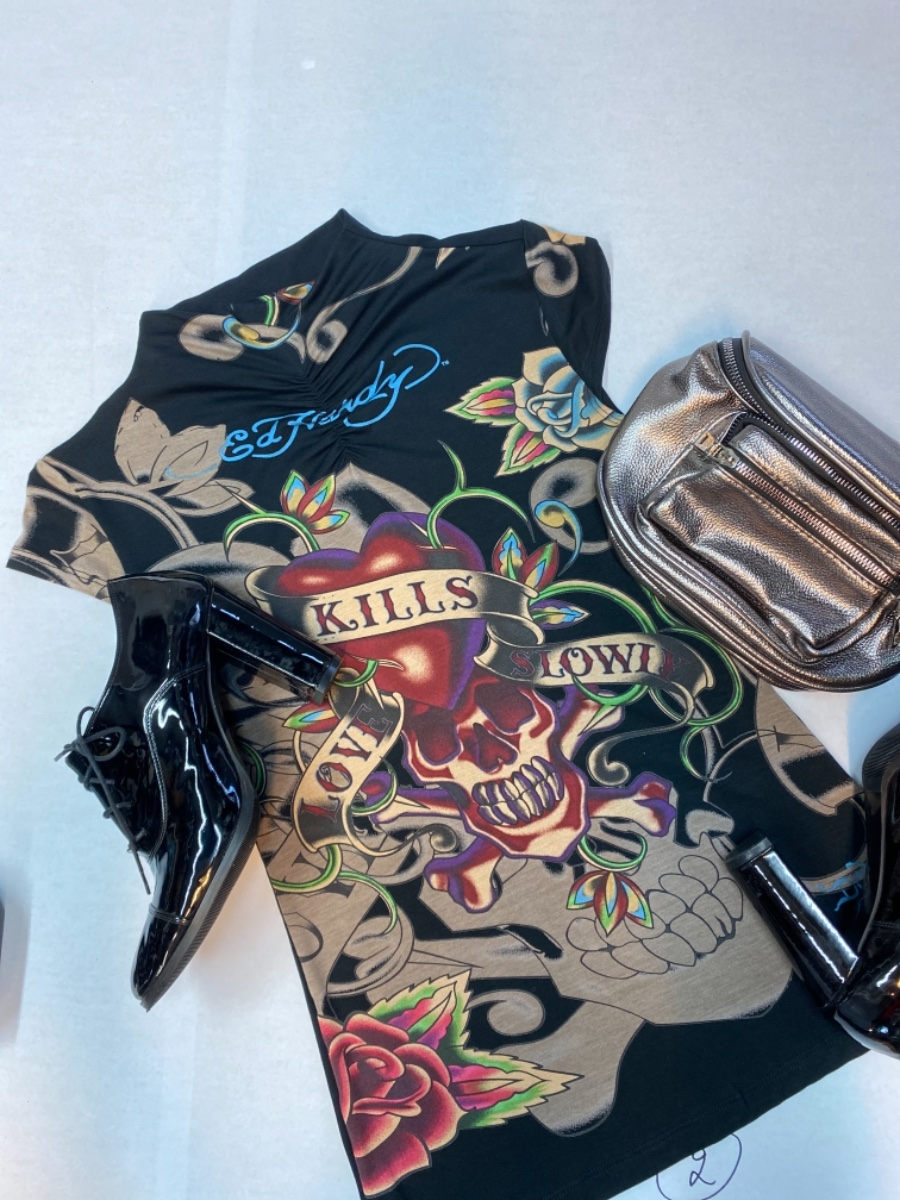 חולצה צווארון guns&roses