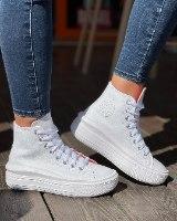 נעלי נשים CONVERSE לבן עור