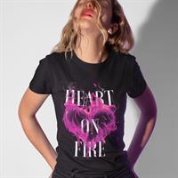 חולצת טי - Heart On Fire