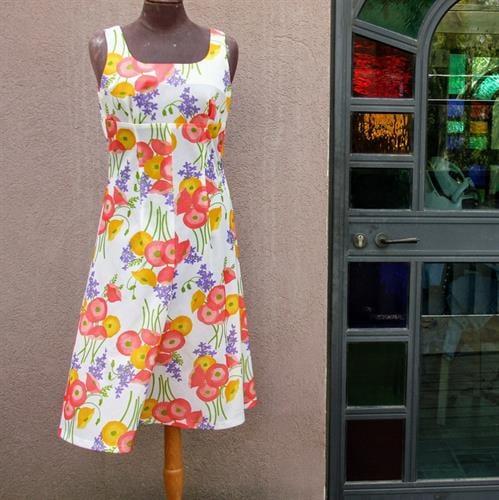 שמלת סבנטיז מדליקה מידה S/M