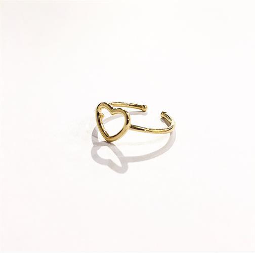 Little heart golden ring