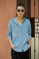 מכופתרת ג'ינס אוברסייז