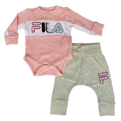 חליפת תינוקות לוגו גדול FILA - מידות NB עד 12 חודשים