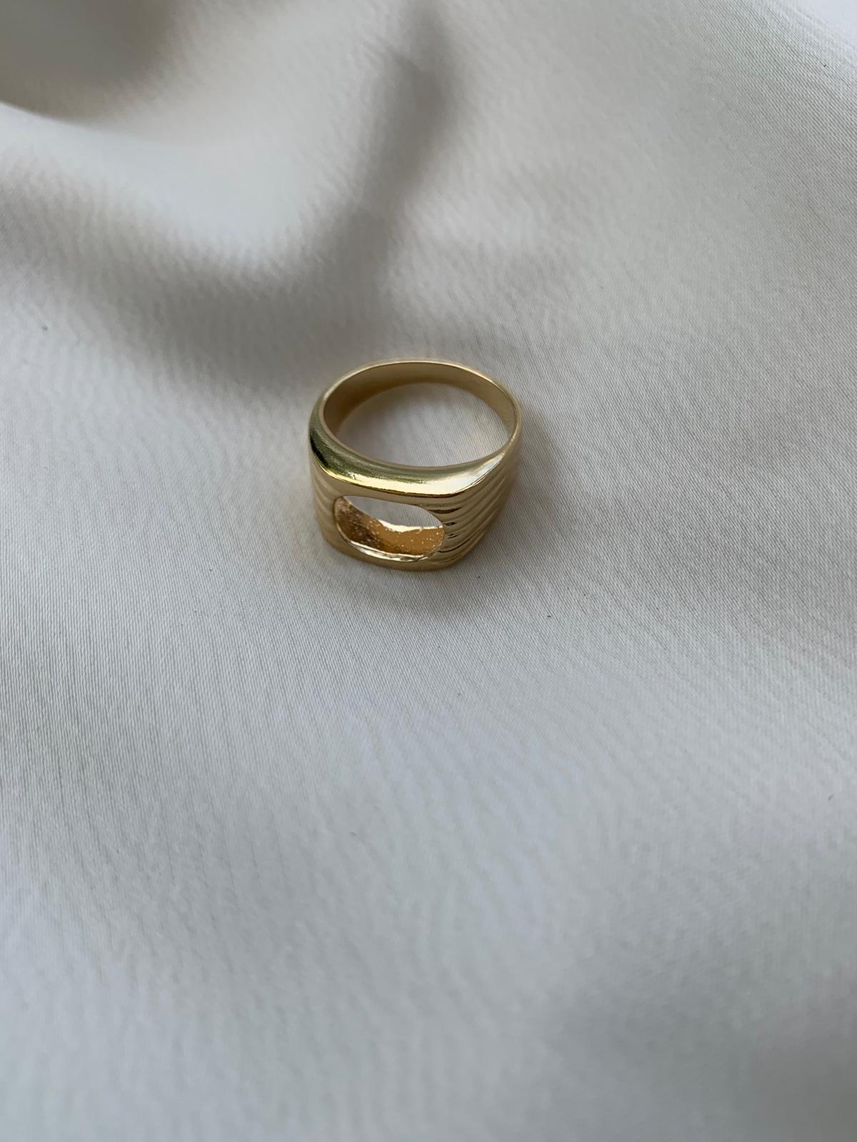 טבעת ג'וני סמפל