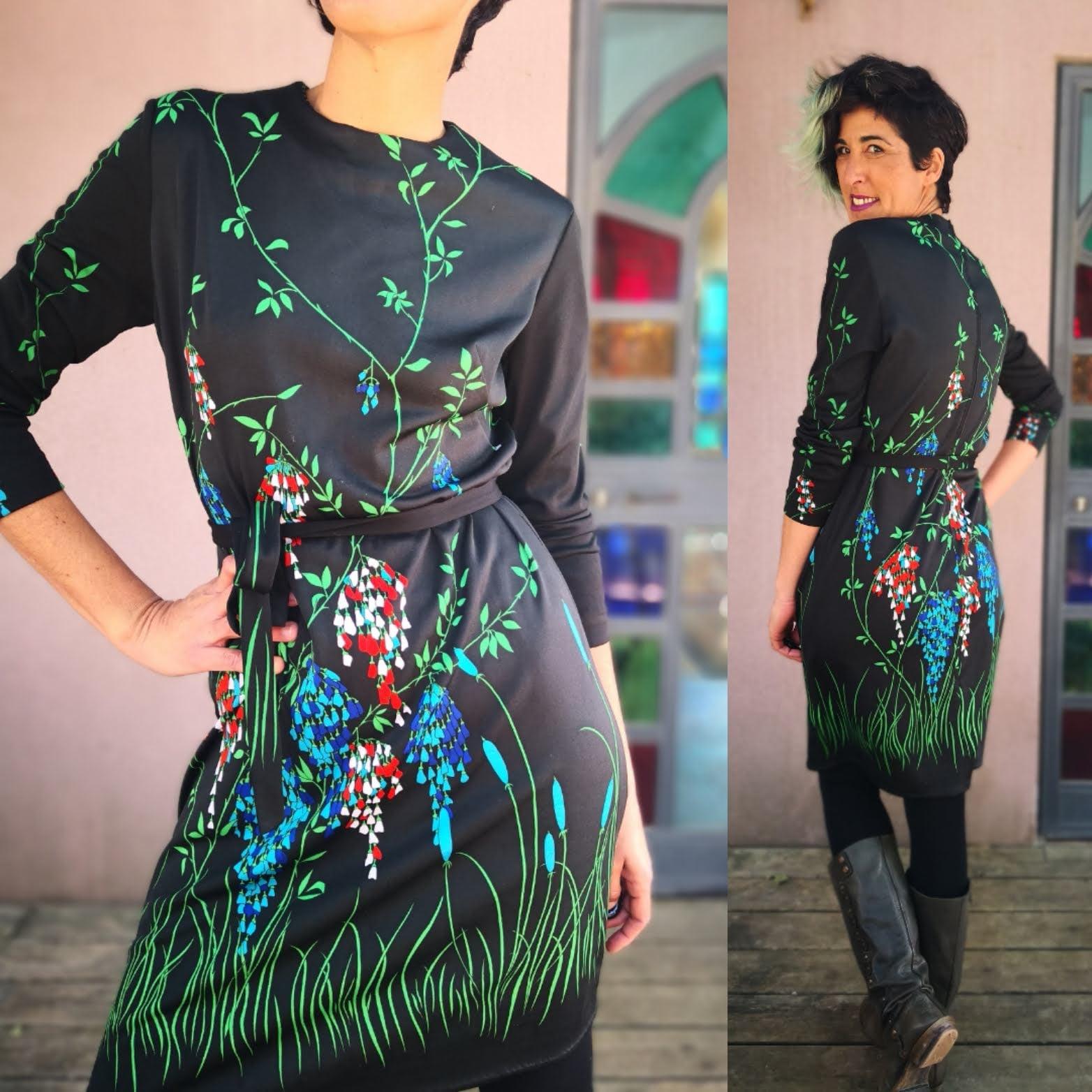 שמלה פרחונית נפלאה מידה M/L