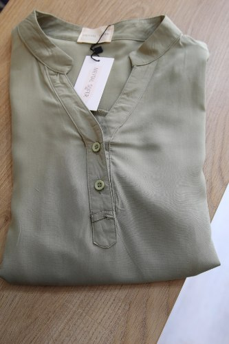 חולצת דוני ירוק זית